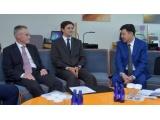 Жакип Асанов встретился с представителями международной комиссии нотариального сотрудничества